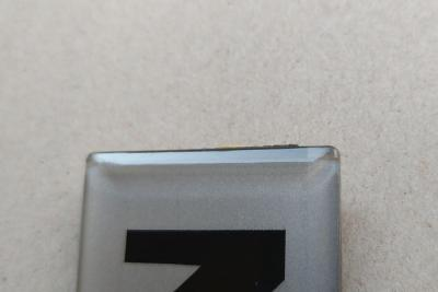 logo z tworzyw sztucznych 9