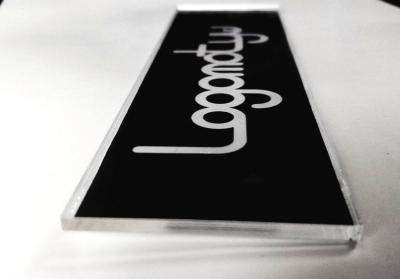logo z tworzyw sztucznych galeria 6
